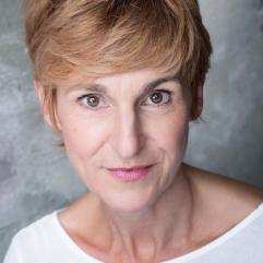 Claire Lacey - Actor and Voice artist for Covid 19 Threads